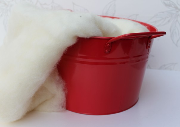 Cream in Red TUb