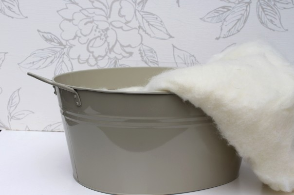 Cream in Grey Tub