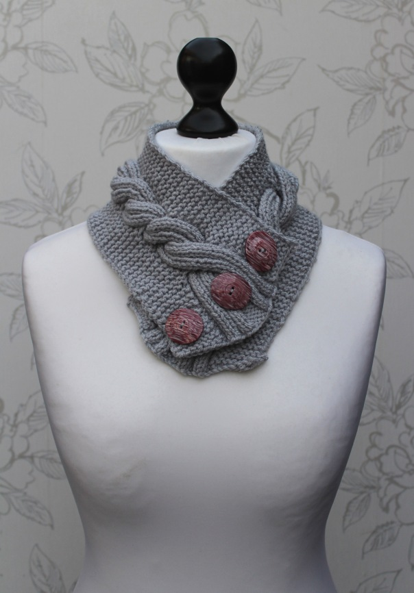 Grey Cabled Cowl